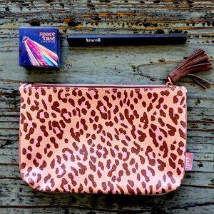 🌟2 for $10!!! Eyeshadow Liquid Liner & Ipsy bag